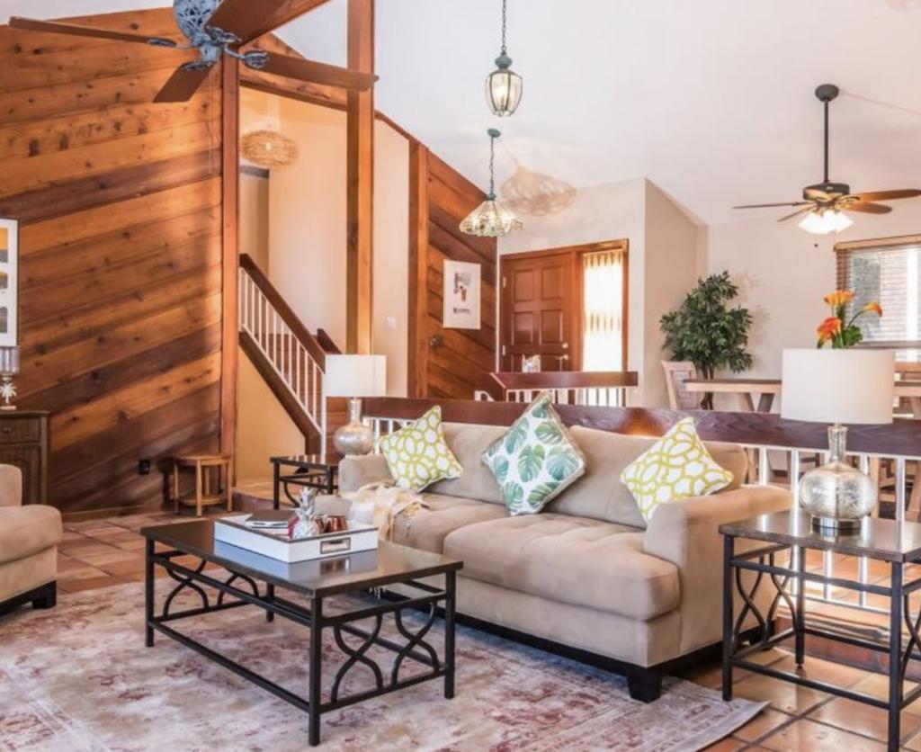 Living room pro